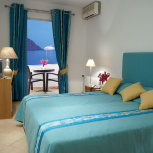 Double Room with balcony, Garden View